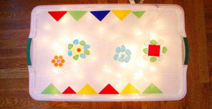 mesa de luz montessori diy